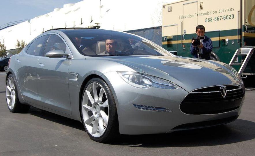 2012 Tesla Model S - Slide 2