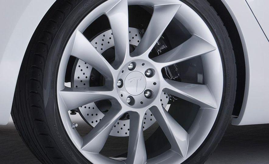 2012 Tesla Model S - Slide 33
