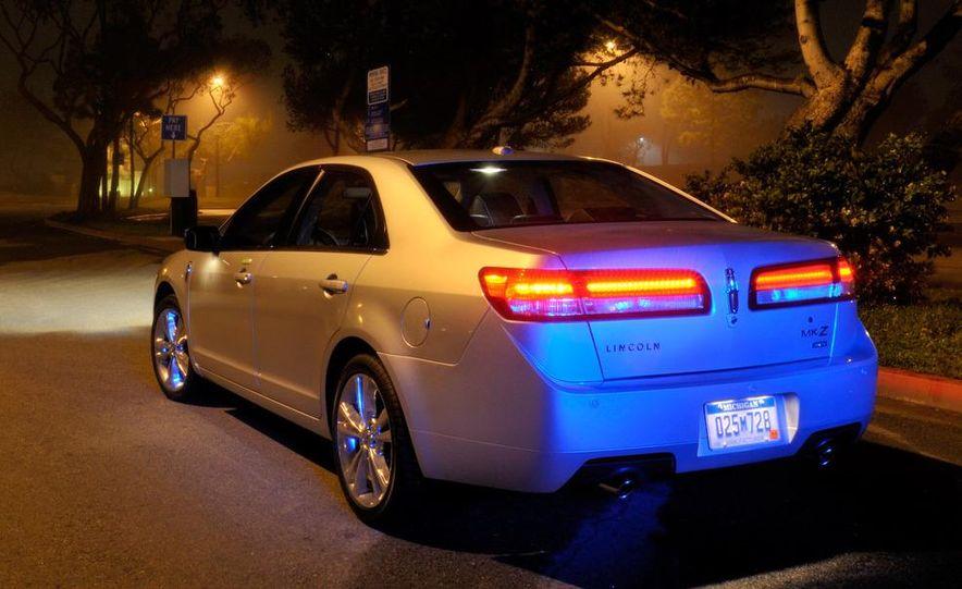 2010 Lincoln MKZ - Slide 16