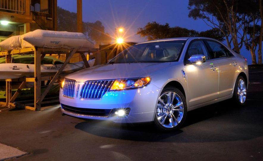 2010 Lincoln MKZ - Slide 17