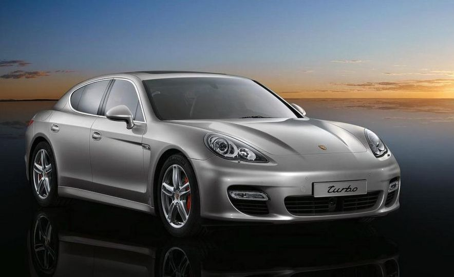 2010 Porsche Panamera 4S and Turbo AWD cutaway - Slide 24