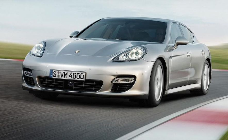 2010 Porsche Panamera 4S and Turbo AWD cutaway - Slide 25