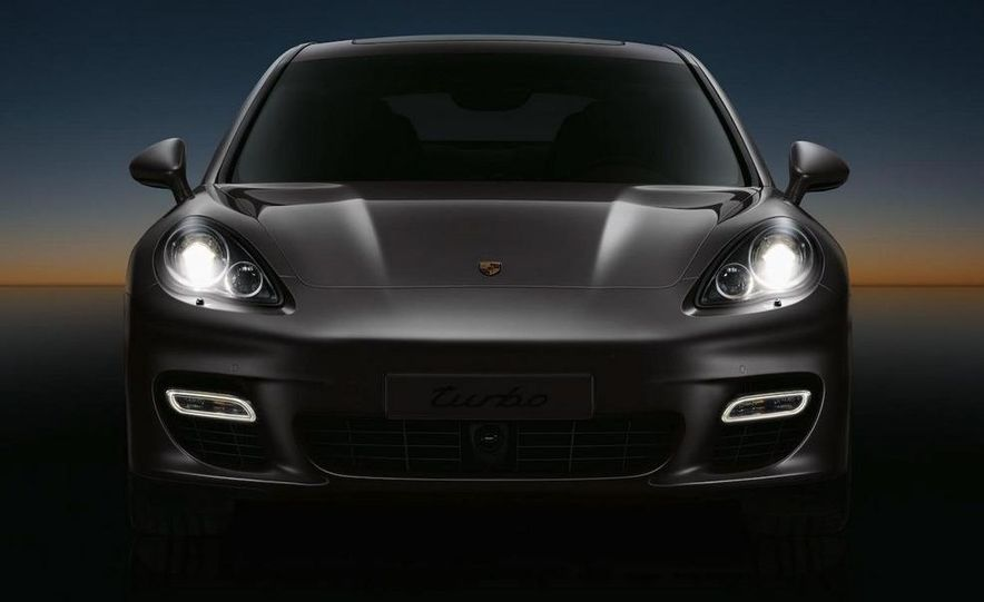 2010 Porsche Panamera 4S and Turbo AWD cutaway - Slide 27