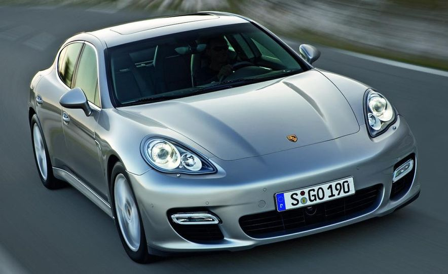2010 Porsche Panamera 4S and Turbo AWD cutaway - Slide 31