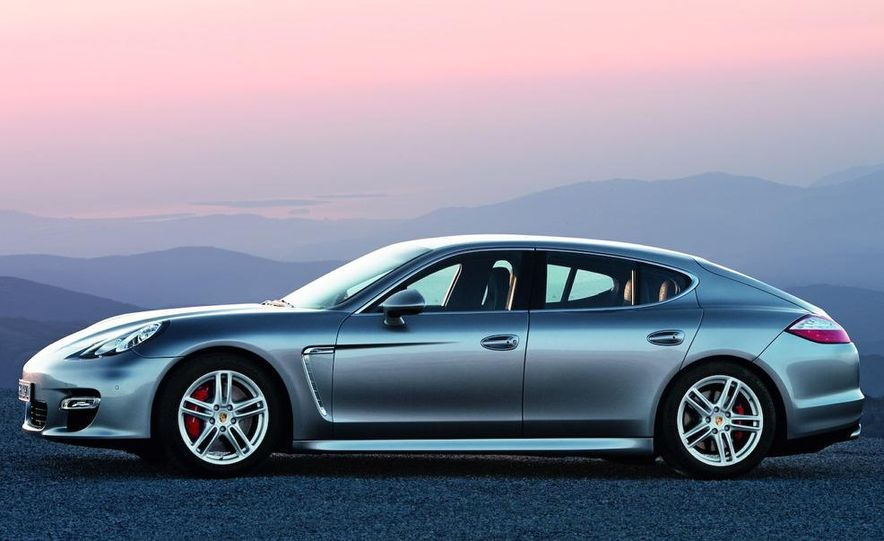 2010 Porsche Panamera 4S and Turbo AWD cutaway - Slide 33
