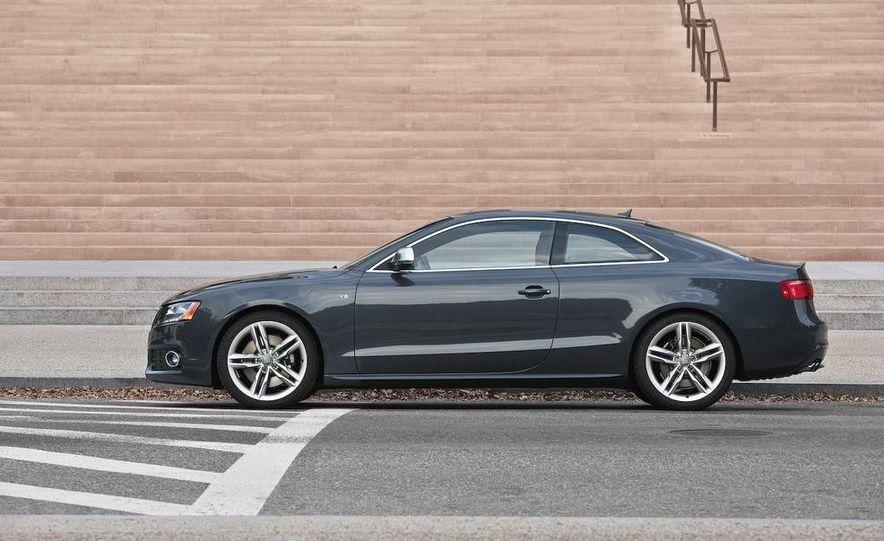 2011 Audi RS 5 (spy photo) - Slide 17