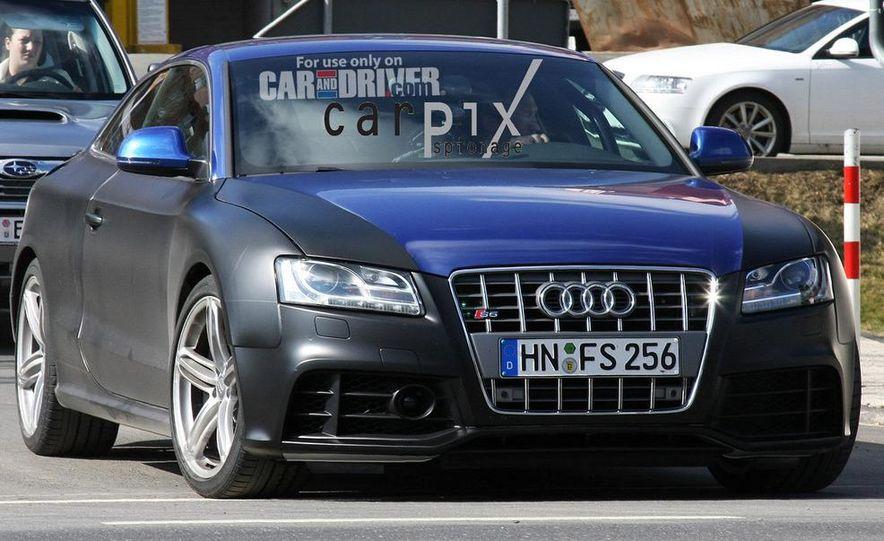 2011 Audi RS 5 (spy photo) - Slide 1