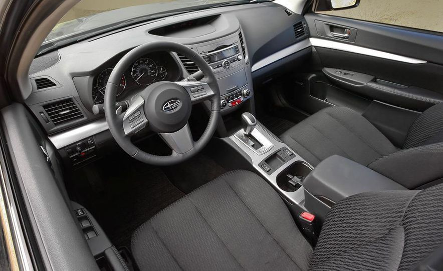 2010 Subaru Legacy - Slide 11