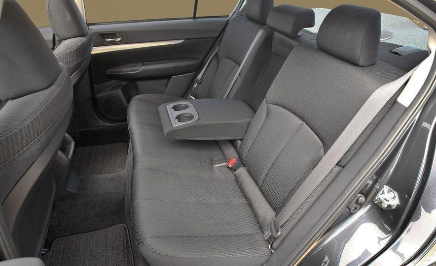 2010 Subaru Legacy - Slide 12
