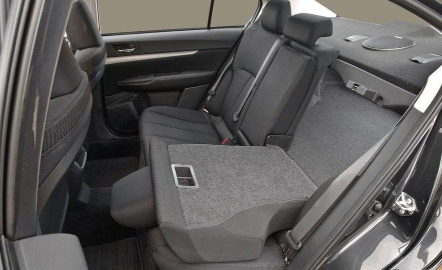 2010 Subaru Legacy - Slide 13