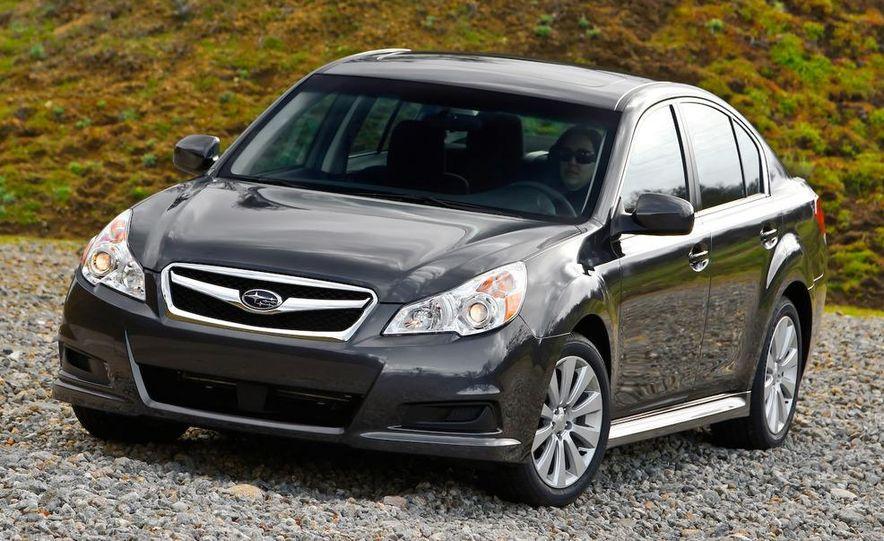 2010 Subaru Legacy - Slide 2