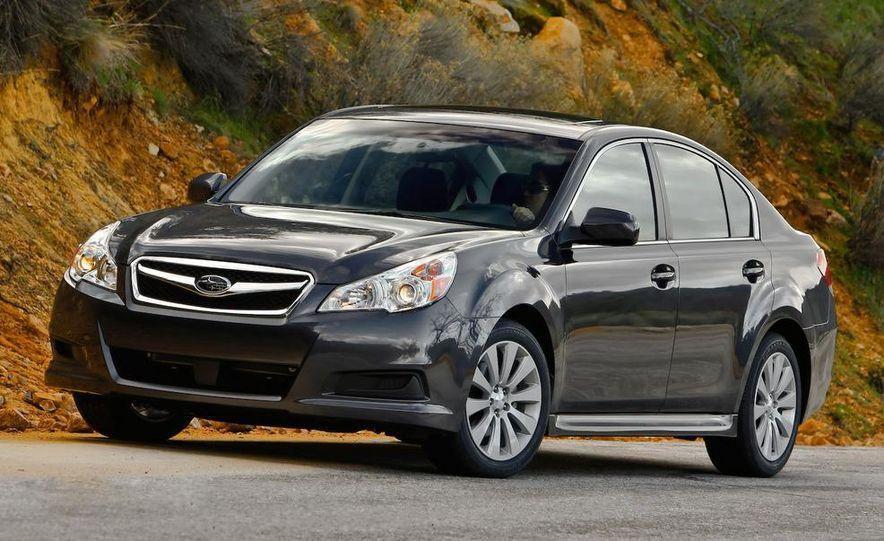 2010 Subaru Legacy - Slide 5