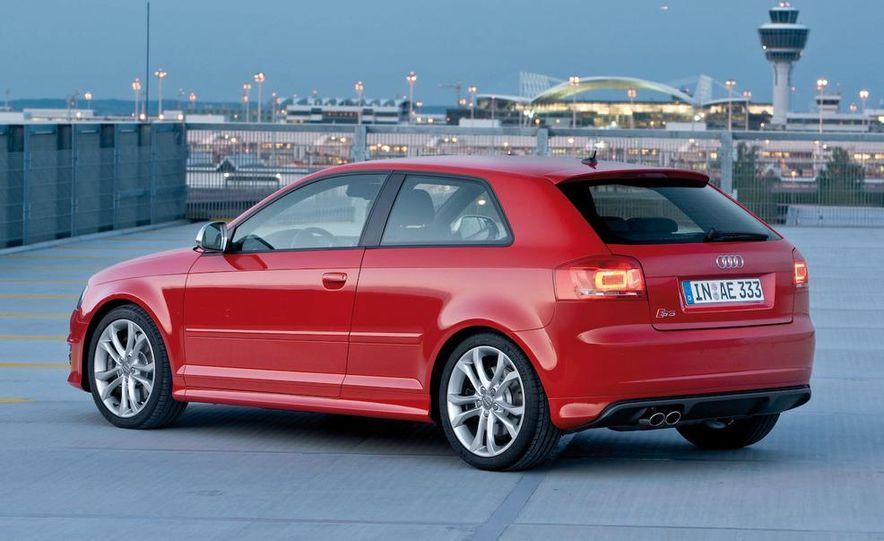 2010/11 Audi RS 3 (artist's rendering) - Slide 23