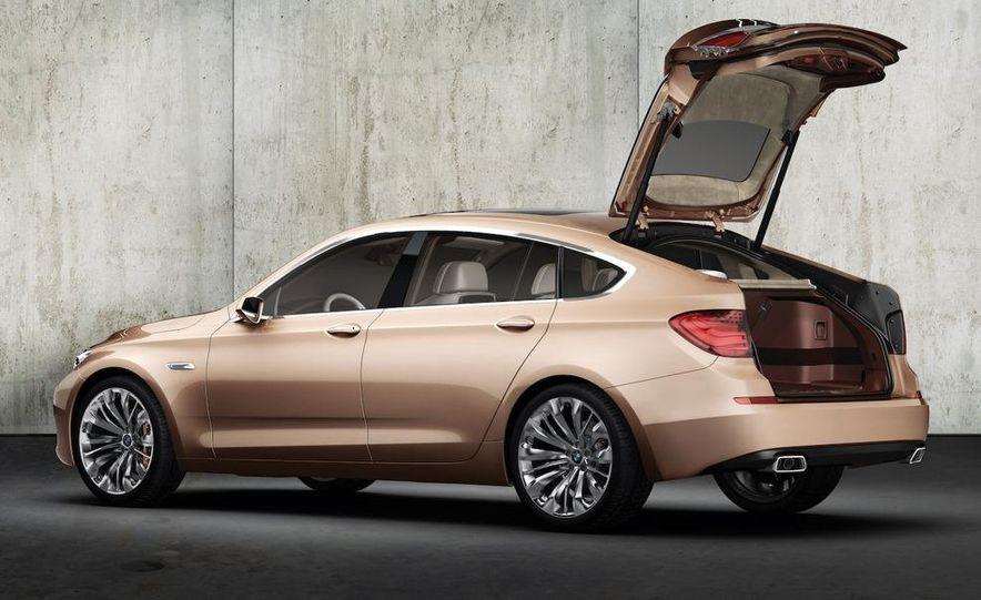 BMW 5-series Gran Turismo concept - Slide 15