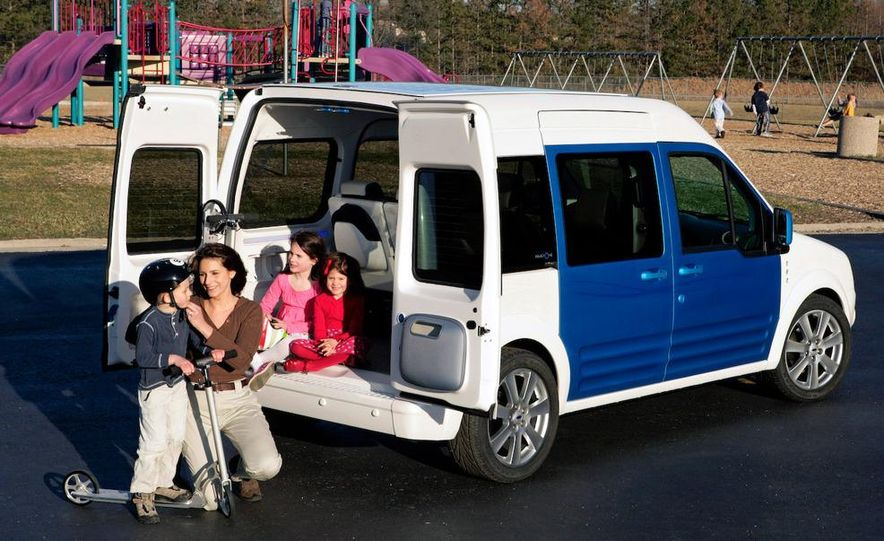 Ford Transit Connect Family One concept - Slide 10