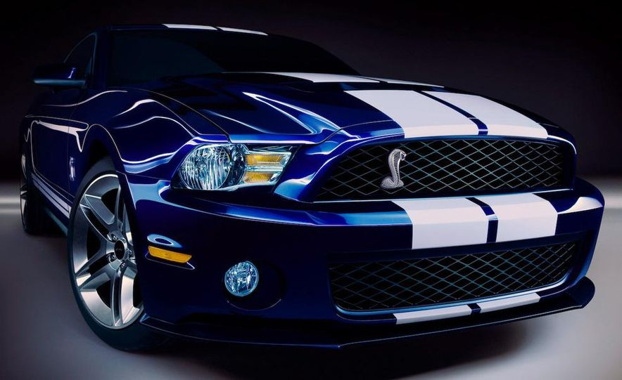 2010 Ford Mustang Shelby GT500 coupe - Slide 17