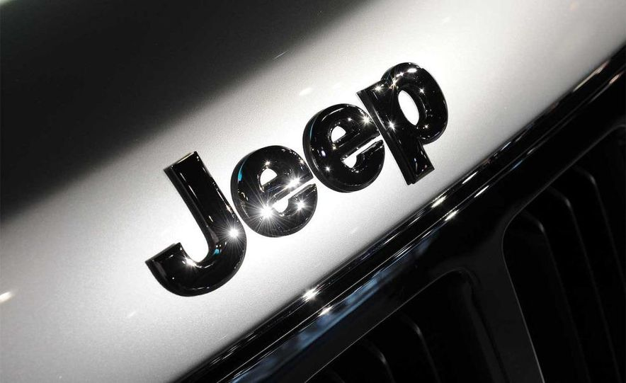 2011 Jeep Grand Cherokee - Slide 15