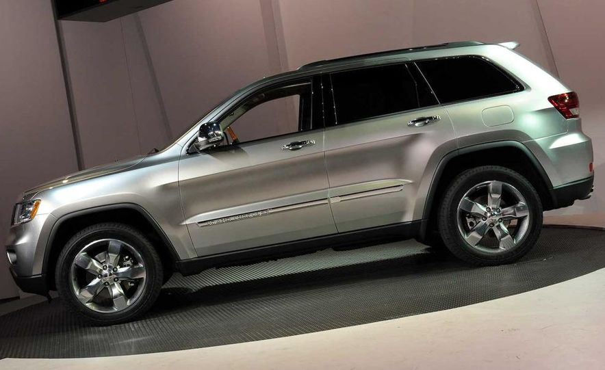 2011 Jeep Grand Cherokee - Slide 7