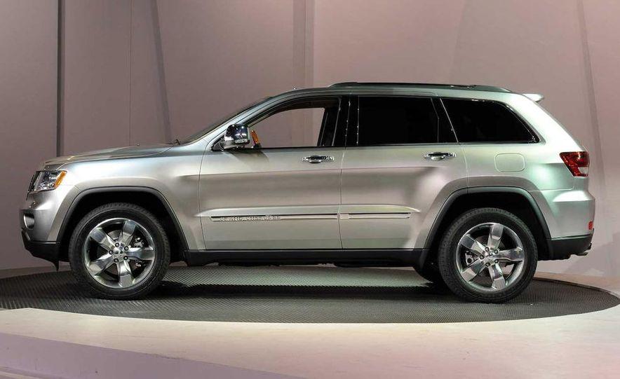 2011 Jeep Grand Cherokee - Slide 8