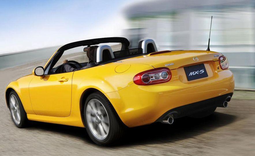 2009 Mazda MX-5 Miata PRHT (Power Retractable Hardtop) Grand Touring - Slide 18