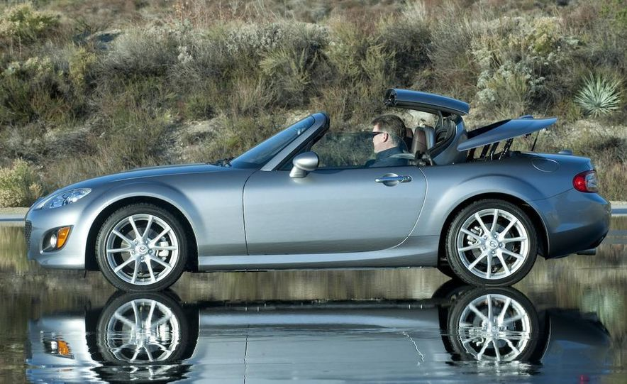 2009 Mazda MX-5 Miata PRHT (Power Retractable Hardtop) Grand Touring - Slide 8