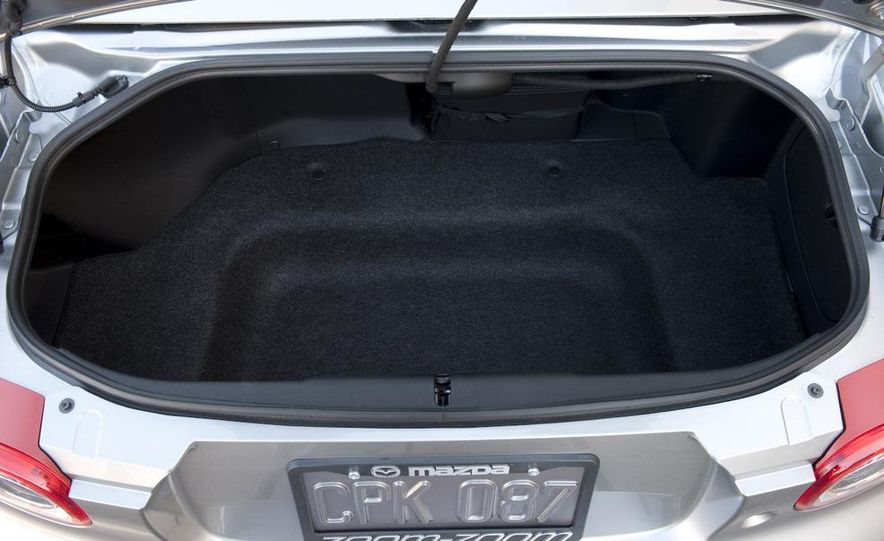 2009 Mazda MX-5 Miata PRHT (Power Retractable Hardtop) Grand Touring - Slide 70