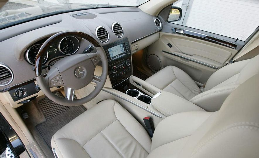 2010 Mercedes-Benz GL350 BlueTec 4MATIC - Slide 23