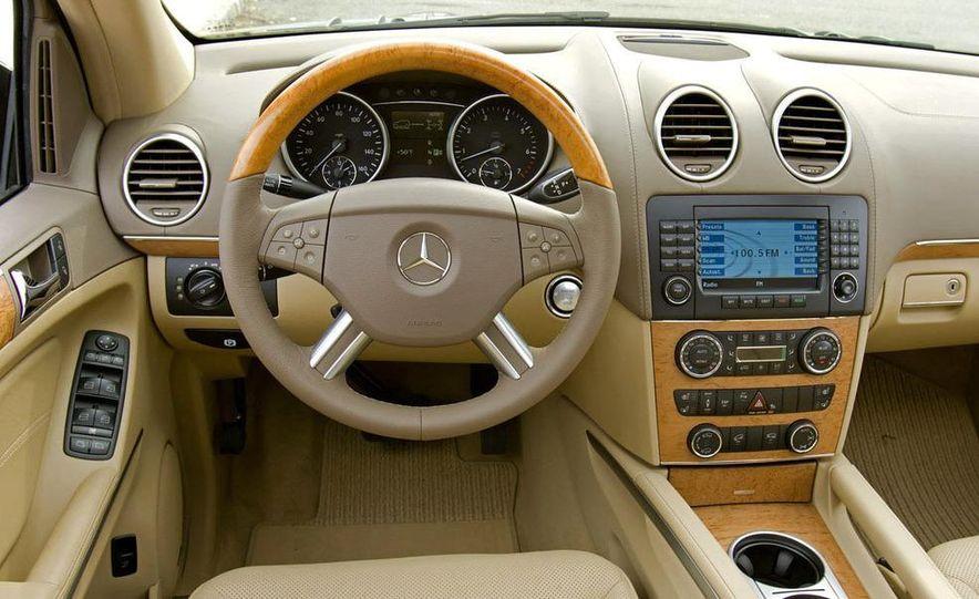 2010 Mercedes-Benz GL350 BlueTec 4MATIC - Slide 31