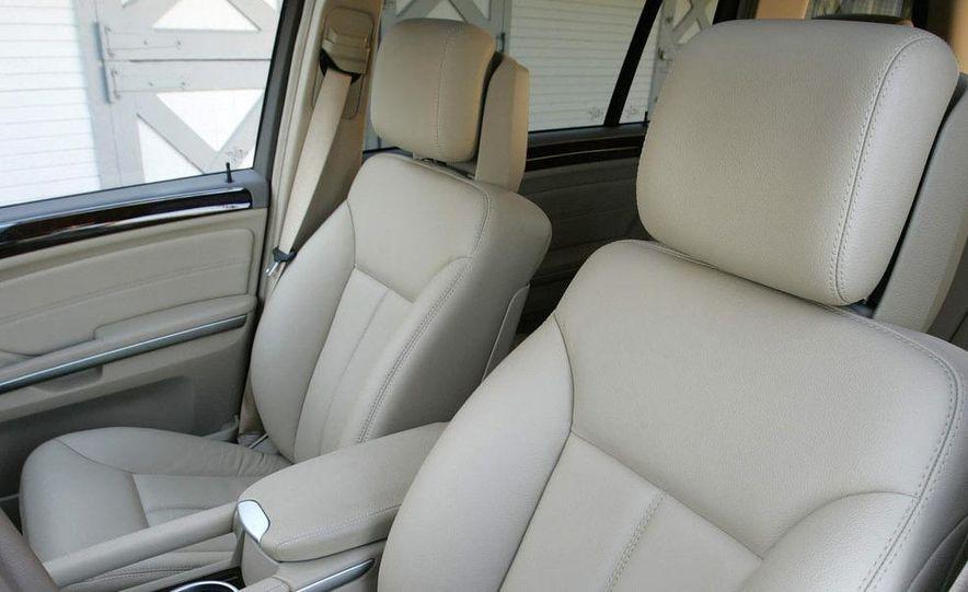 2010 Mercedes-Benz GL350 BlueTec 4MATIC - Slide 25
