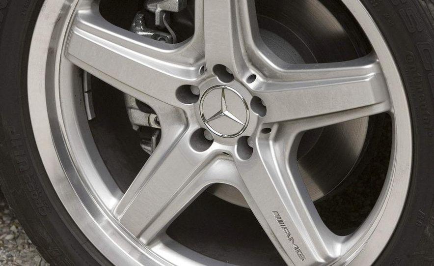 2010 Mercedes-Benz GL350 BlueTec 4MATIC - Slide 21