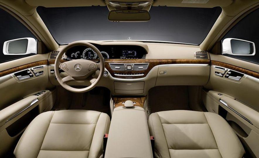 2010 Mercedes-Benz S400 BlueHybrid - Slide 17