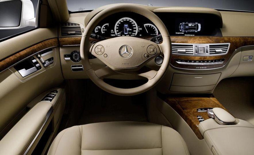 2010 Mercedes-Benz S400 BlueHybrid - Slide 18