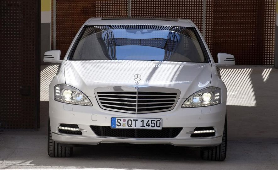 2010 Mercedes-Benz S400 BlueHybrid - Slide 13