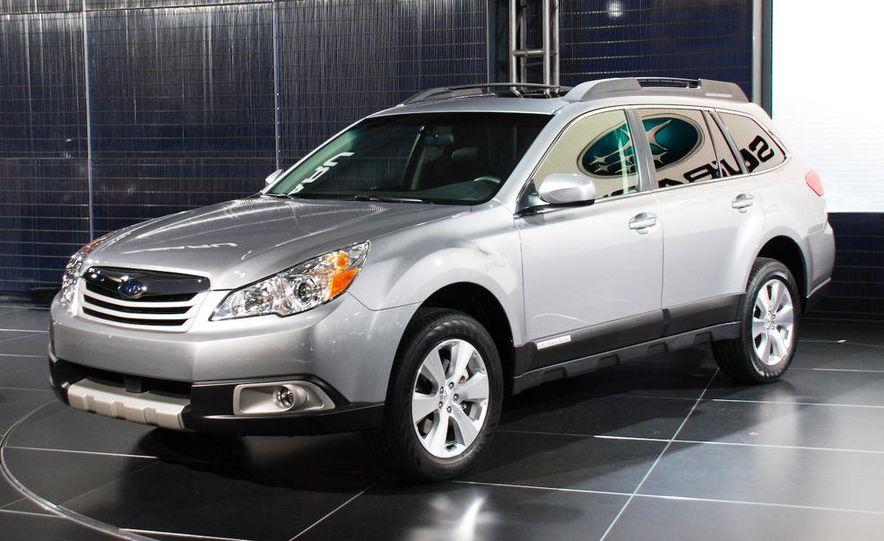 2010 Subaru Outback - Slide 1