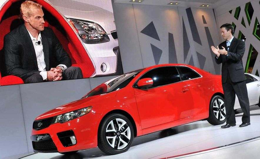 2010 Kia Forte Koup unveiling at the 2009 New York Auto Show - Slide 21