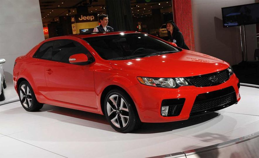 2010 Kia Forte Koup unveiling at the 2009 New York Auto Show - Slide 58