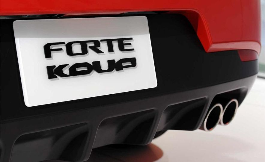2010 Kia Forte Koup unveiling at the 2009 New York Auto Show - Slide 34