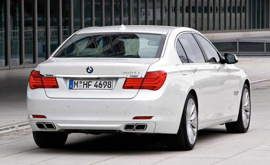 2010 BMW 760Li - Slide 4