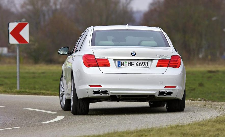 2010 BMW 760Li - Slide 8
