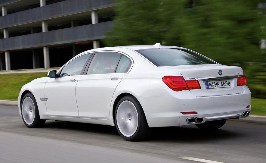 2010 BMW 760Li - Slide 9
