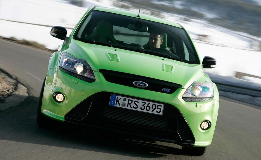 2009 Ford Focus RS - Slide 1
