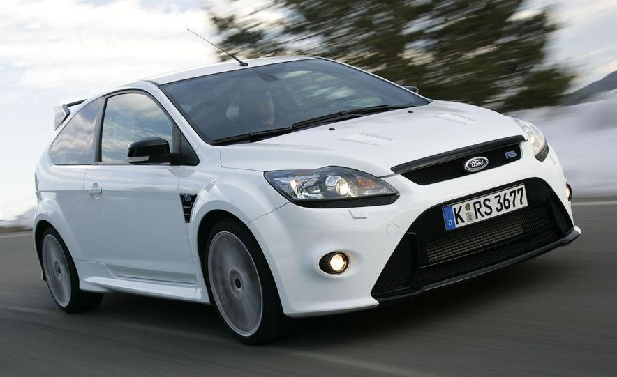 2009 Ford Focus RS - Slide 16