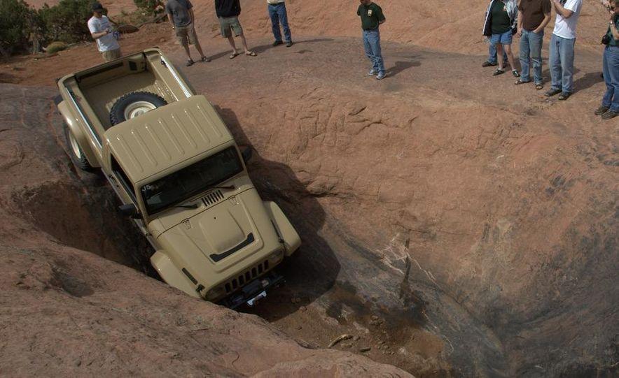 Jeep Wrangler Lower Forty concept - Slide 11