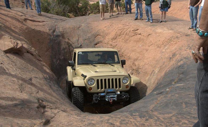 Jeep Wrangler Lower Forty concept - Slide 12
