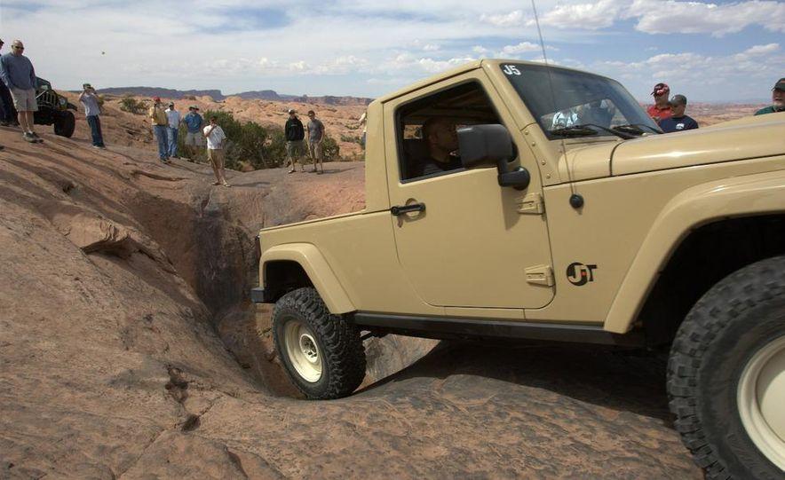 Jeep Wrangler Lower Forty concept - Slide 13