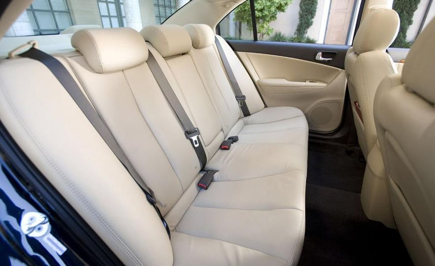 2011 Hyundai Sonata (spy photo) - Slide 19