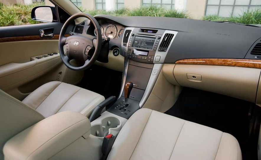 2011 Hyundai Sonata (spy photo) - Slide 17