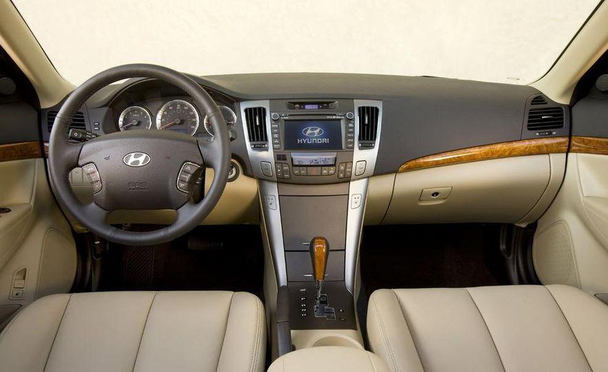 2011 Hyundai Sonata (spy photo) - Slide 18
