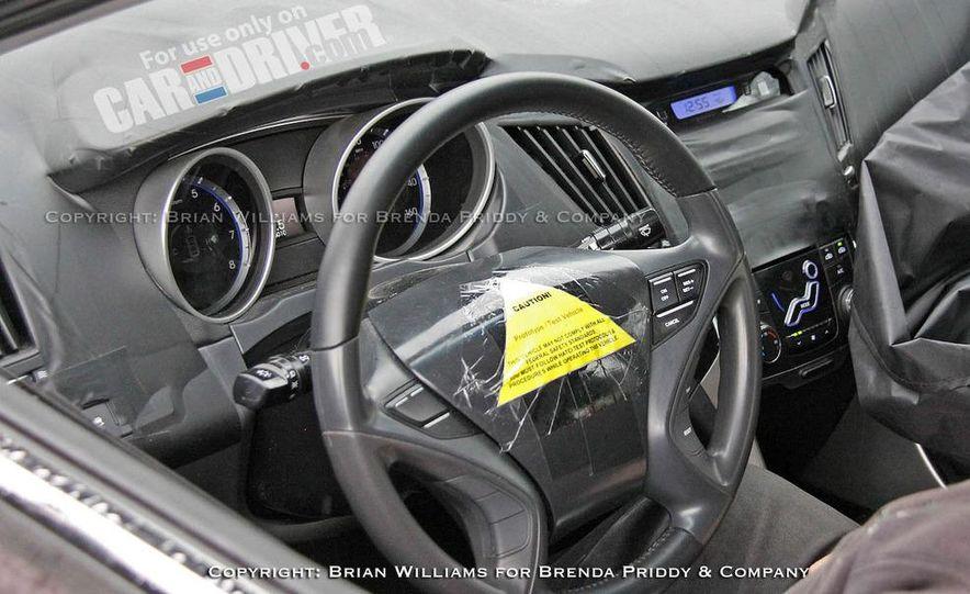 2011 Hyundai Sonata (spy photo) - Slide 8