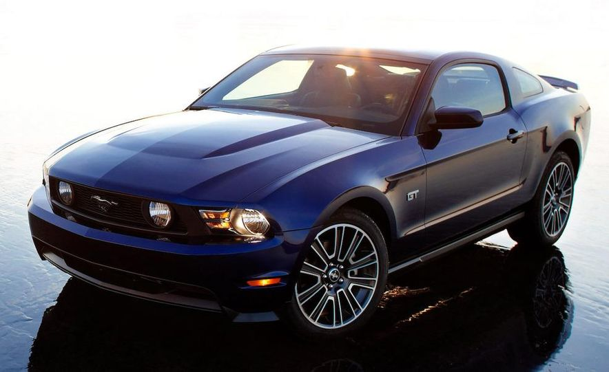 2010 Ford Mustang Shelby GT500 coupe - Slide 45